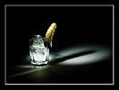 водка, с огурчиком,  закуска, выпивка, реклама, натюрморт, световая кисть